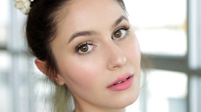Tips dari Ahli Kecantikan Agar Kulit Wajah Bersinar